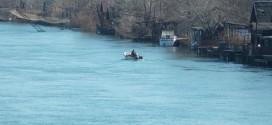 Rreziku nga përmbytjet: TË GATSHËM EDHE ANIJET PËR EVAKUIM