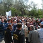 Mogul, Valdanos, Protest