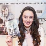 fisnik_DOBRECI_Flutura-Mustafa-Pertej-lajthitjes082