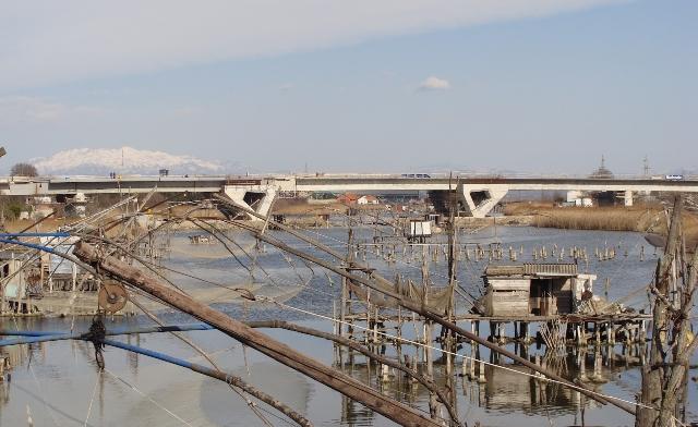 Ura mbi Port Milene, Most na Port Mileni