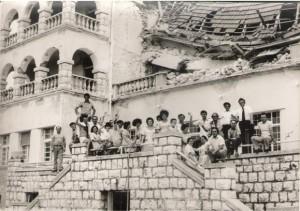 Personeli i Hotel Jadran pas termetit