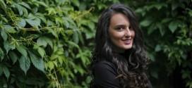 """""""Zëri"""": INTERVISTË ME POETEN FLUTUR MUSTAFA"""