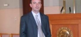 Ismet Kallaba: ULQINI, SKENË E TEATRIT ABSURD