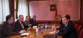 Me ftesë të Nimanbegut: Takimi i përbashkët i partive shqiptare mbi Grupin punues zgjedhor