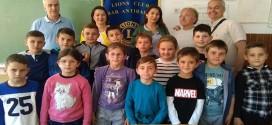 """Lajonistët nga Tivari dhe Podgorica dje kontrolluan shikimin e nxënëseve të shkollës fillore """"Gjergj Kastrioti-Skënderbeu"""" në Ostros"""