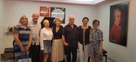 Shkolla e muzikës: PIANISTËT RUS ORGANIZUAN KONCERT TË PAHARRUESHËM