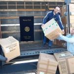 Rotari klubi Ulcinj-Ulqin: MBËRRITËN NGA ANGLIA DHURATA PËR FËMIJË