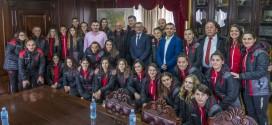 Ulqin: KryetariNrekiq priti përfaqësuesen e kombëtares Shqipëtare në fudboll për femra