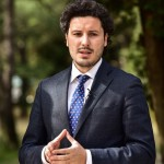 Abazoviq uron Ditën e komunës: Së pari të kemi shëndet dhe fat, ditët e mira do të vijnë