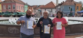 Panairi i bletarisë në Tuzla: DURAKU FITOI TRE MEDALJE