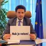 Abazoviq dërgoi mesazhin: NUK JE VETËM